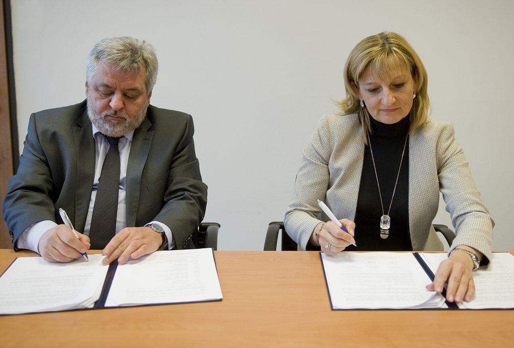 Együttműködési megállapodást kötött a MÁV-csoport és a Corvinus Egyetem
