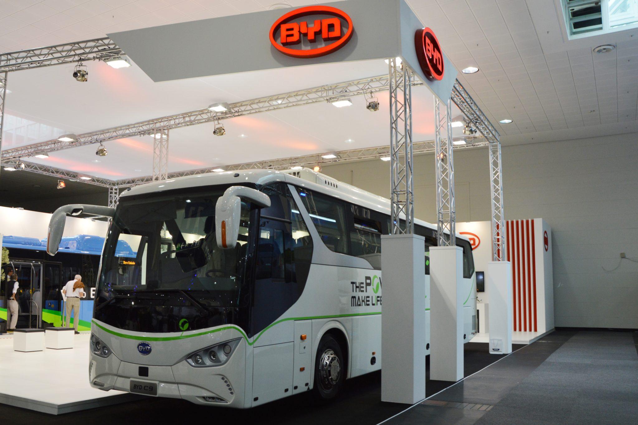 Komáromból indulhatnak a kínai elektromos buszok