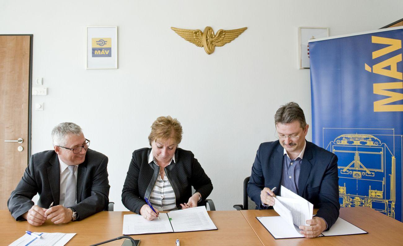 Együttműködési megállapodást kötött a MÁV-csoport és a Debreceni Egyetem