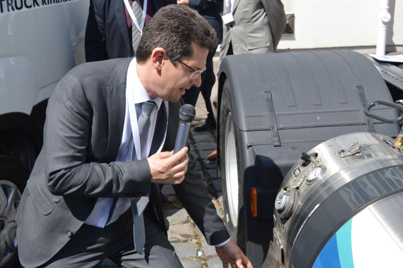 Számos járműpremierrel vette kezdetét az V. CNG&LNG Szakmai Konferencia és Járműkiállítás