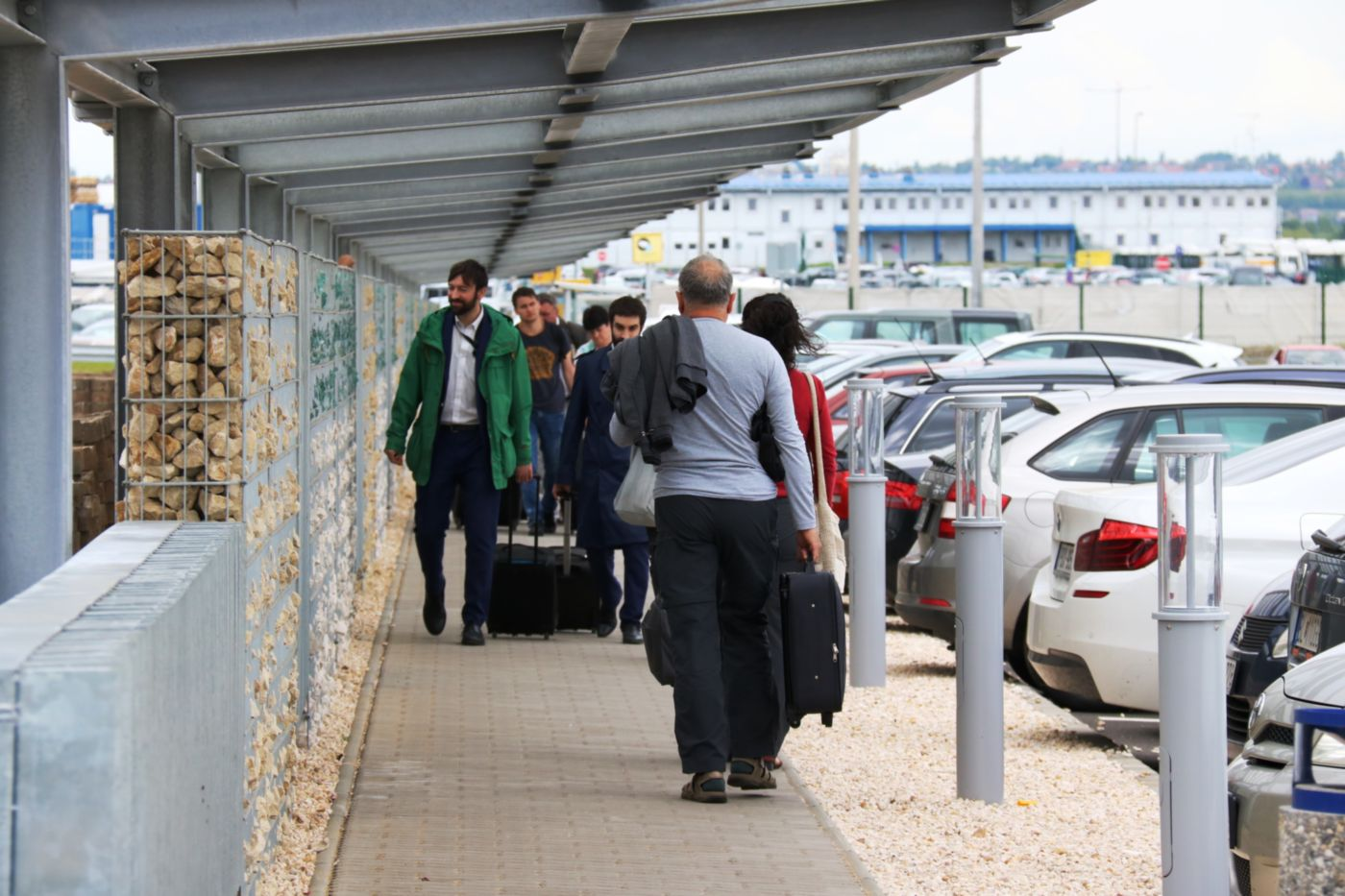 Újabb ezer parkolóhely épül a budapesti repülőtéren