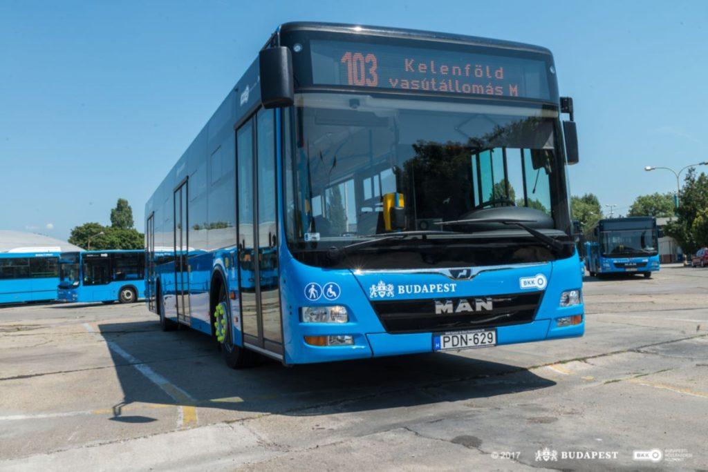Ismét 15 új autóbusz állt forgalomba Budapesten