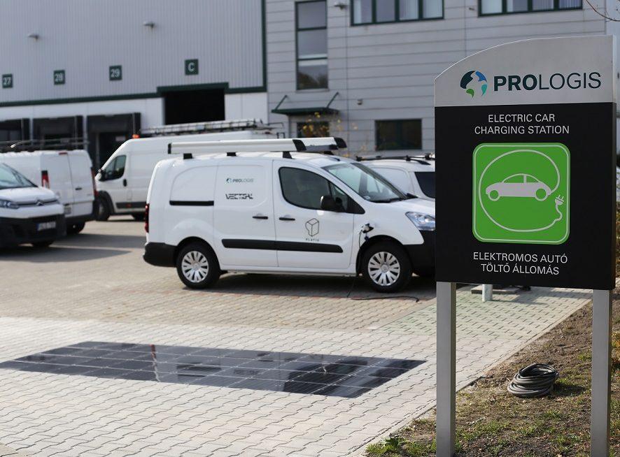 A Prologis a Platio-val együttműködve hazánkban vezeti be a világ első napelemes térburkolatrendszerét logisztikai parkban