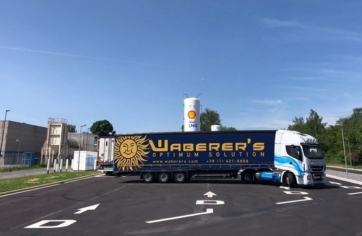 Lendületet kaphat az LNG-vel működő kamionok elterjedése