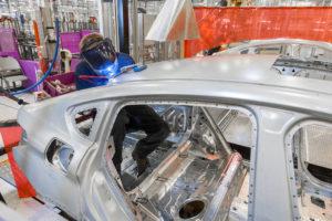 Újabb német autógyártó itthon: BMW gyár épül Debrecenben