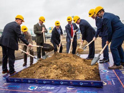Megkezdődött a parkolóház építése a budapesti repülőtéren