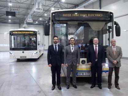 Itt a legújabb magyar fejlesztésű autóbusz