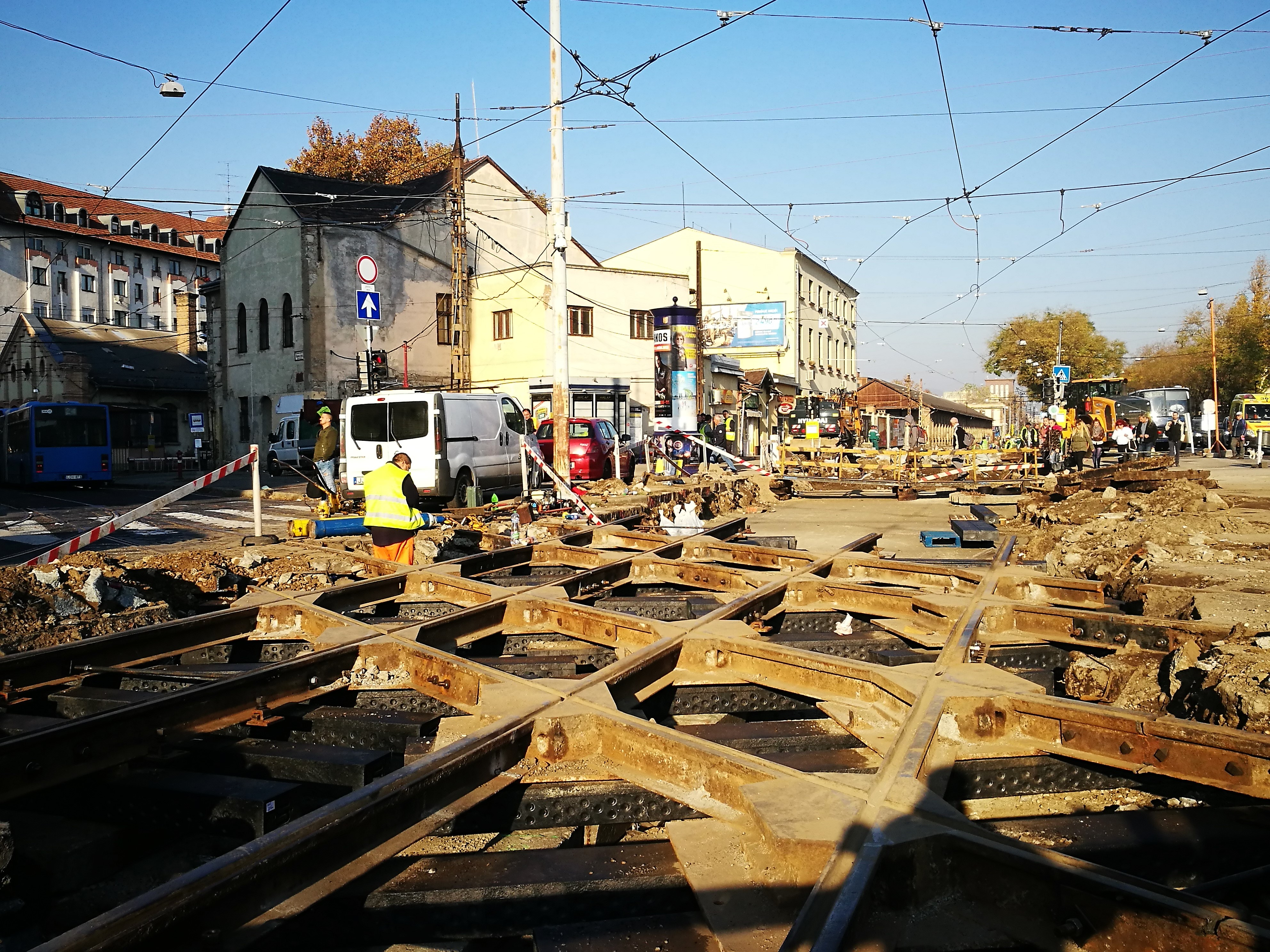 Megújuló sínpályák Budapesten