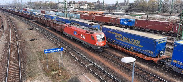 MLSZKSZ: meg kell szabadítani Budapestet a tehervonatoktól, és a tehervonatokat Budapesttől!