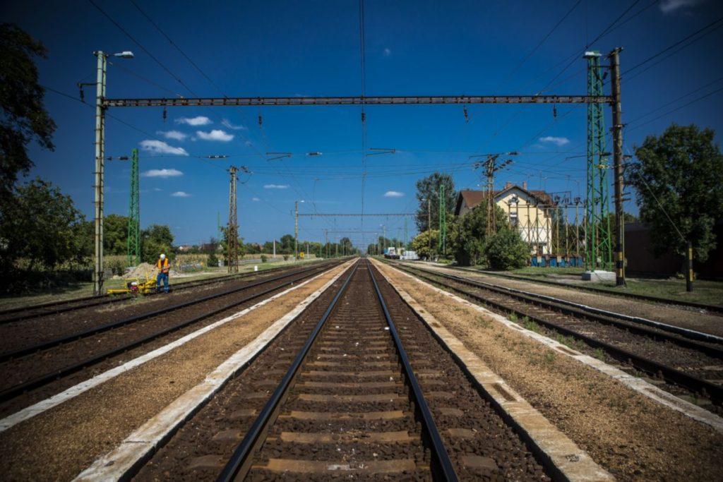 Korszerűsítik a Püspökladány-Ebes vasútvonalat