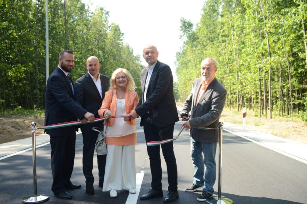 Támogatják az önkormányzatok kezelésében lévő utak fejlesztését
