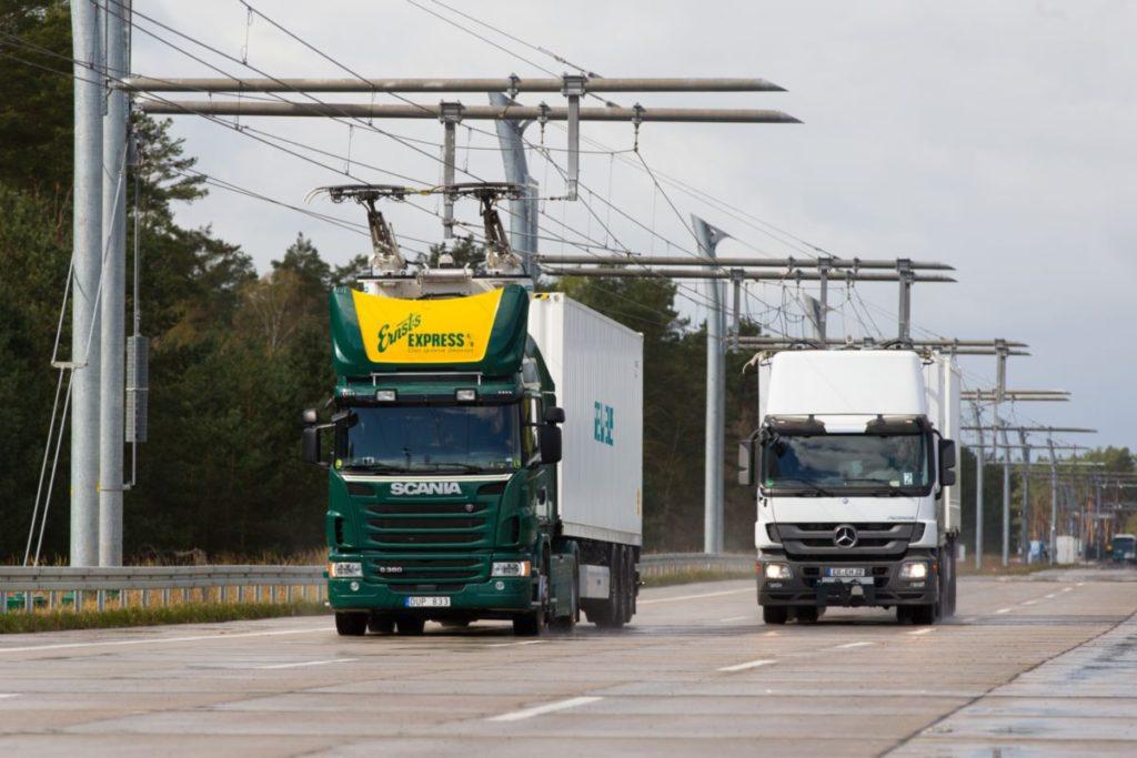 A Siemens villamosított autópályát épít