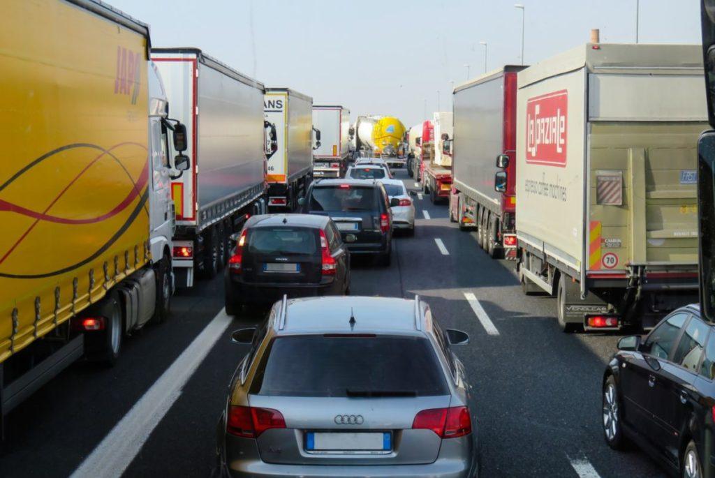 Új miniszteri rendelet a túlsúlyos, túlméretes járművekről