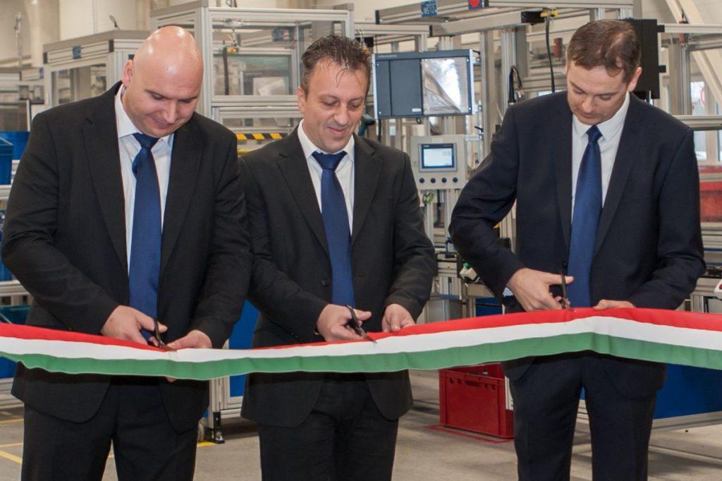 Az Adient bővíti magyarországi kapacitásait