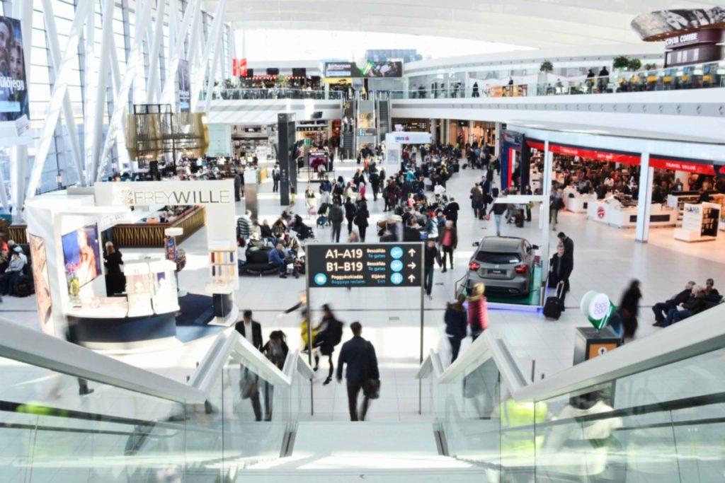 Karácsonyra felturbózott wifit kaptak a repülőtér utasai