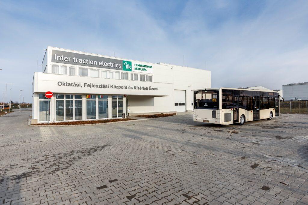 Gépjárműszerelőket képez az Inter Traction Electrics Kft. debreceni új üzemében