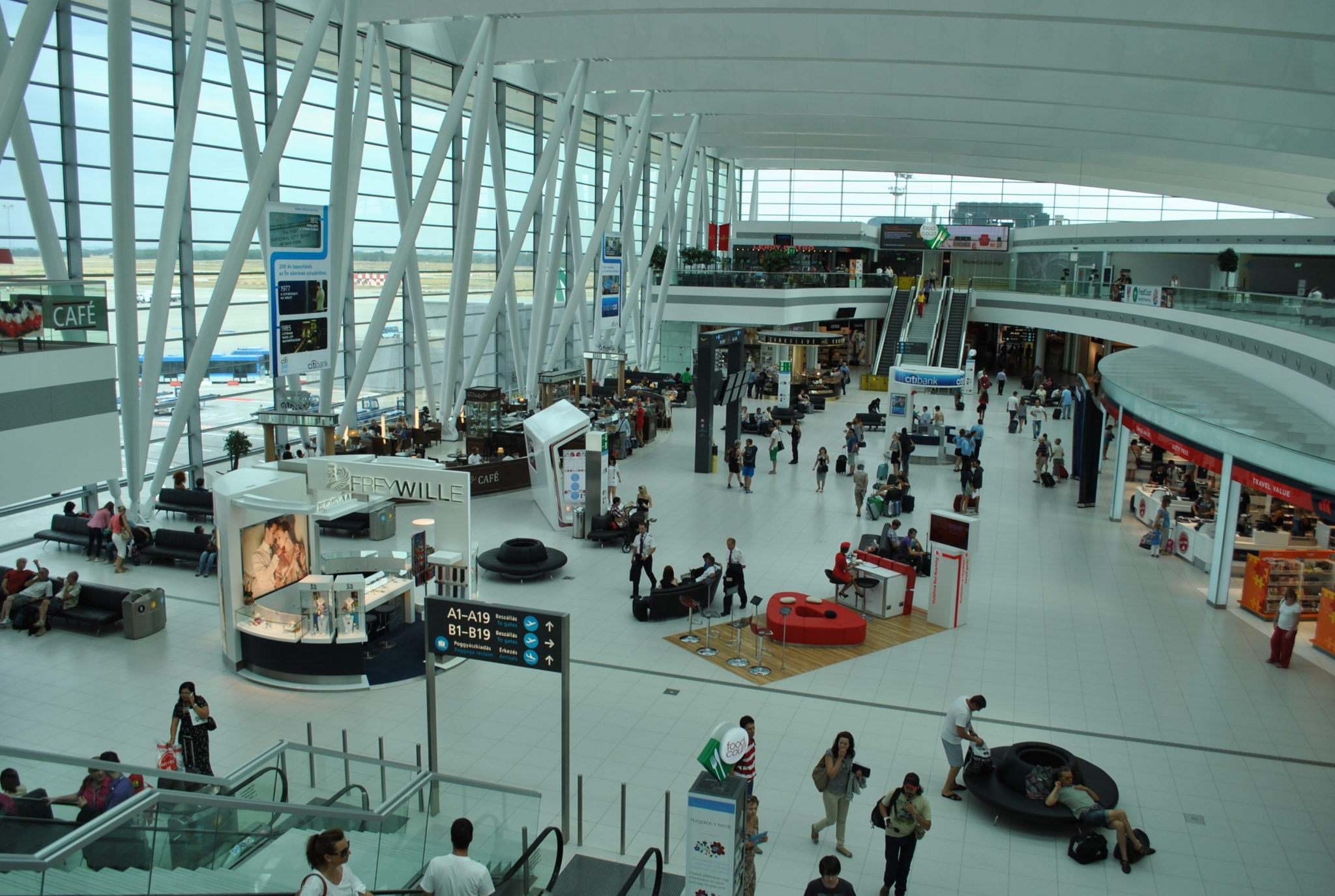 Budapest Airport: három hónap, hárommillió utas