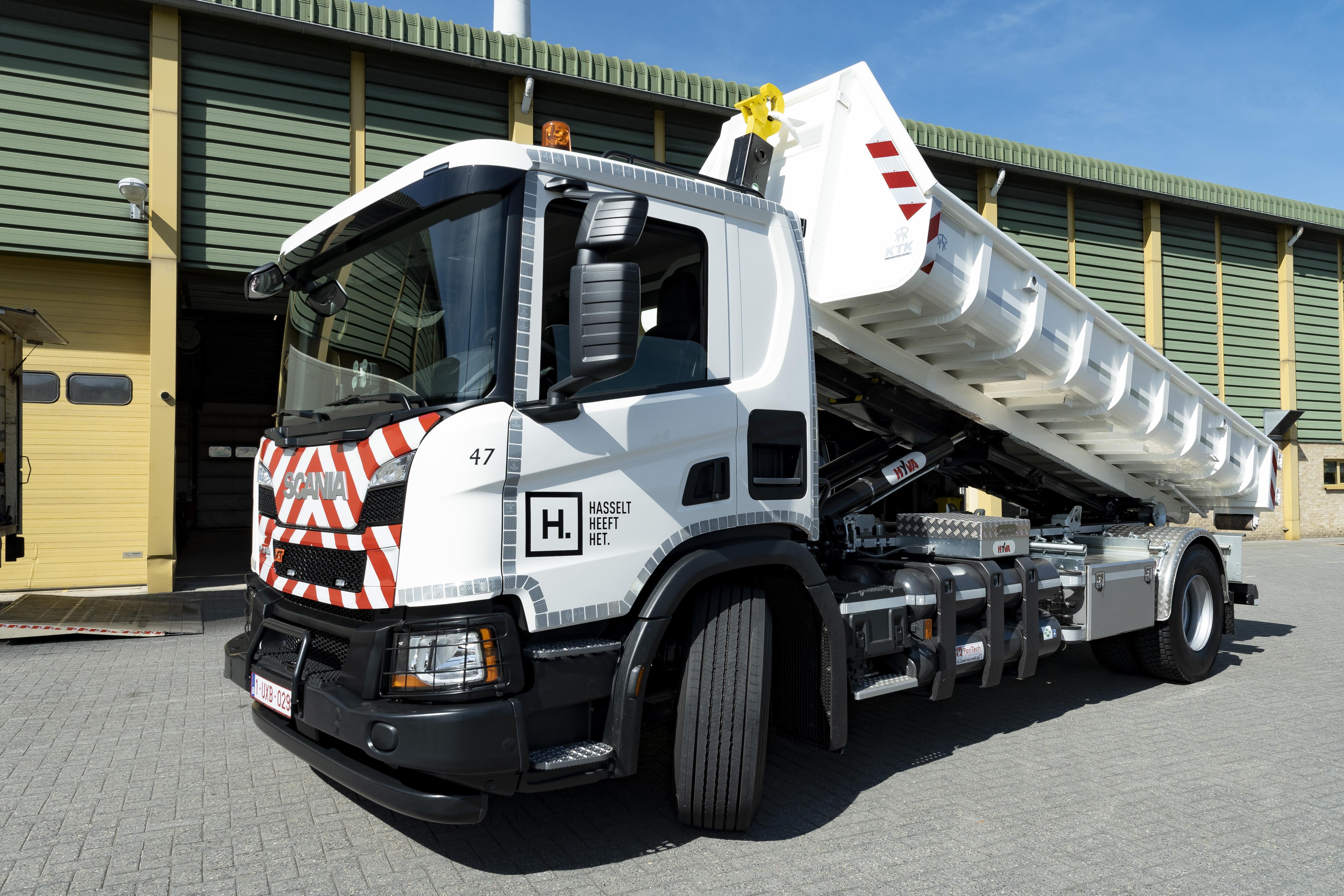 Megérkezett Belgiumba a Scania XT tehergépkocsi első gázüzemű példánya