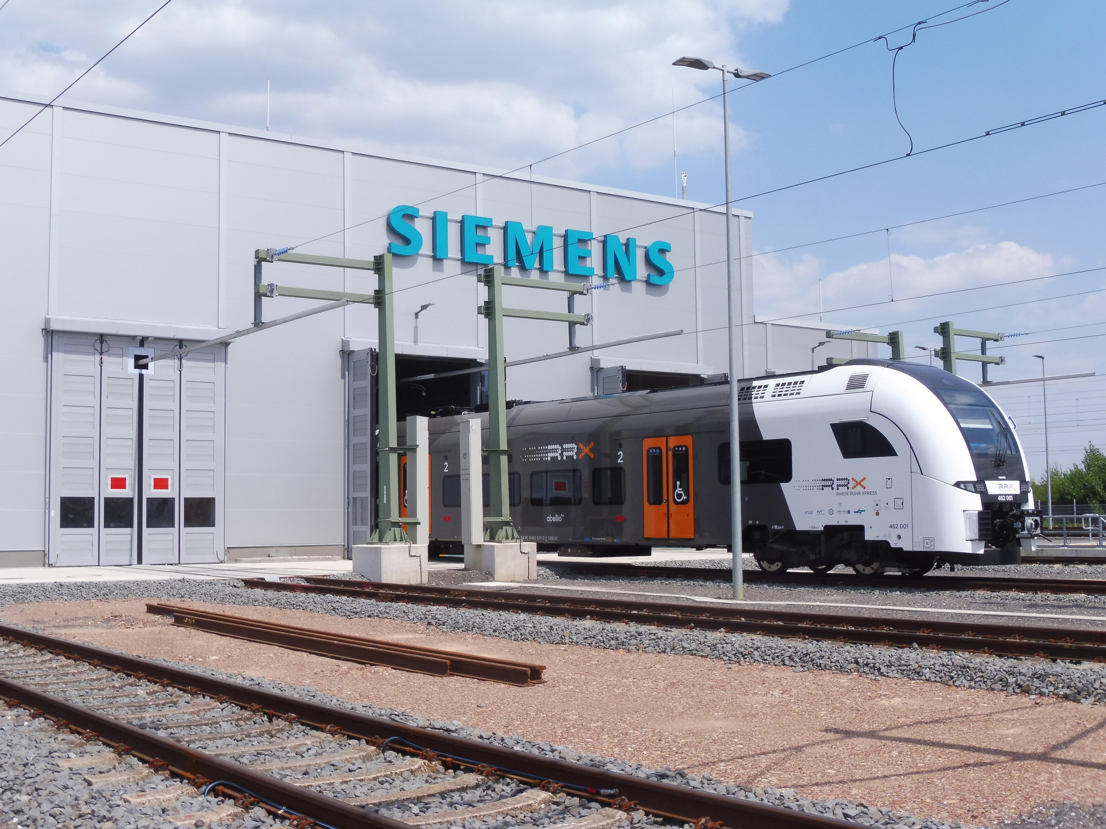 Megnyílt az RRX vonatok karbantartó járműtelepe