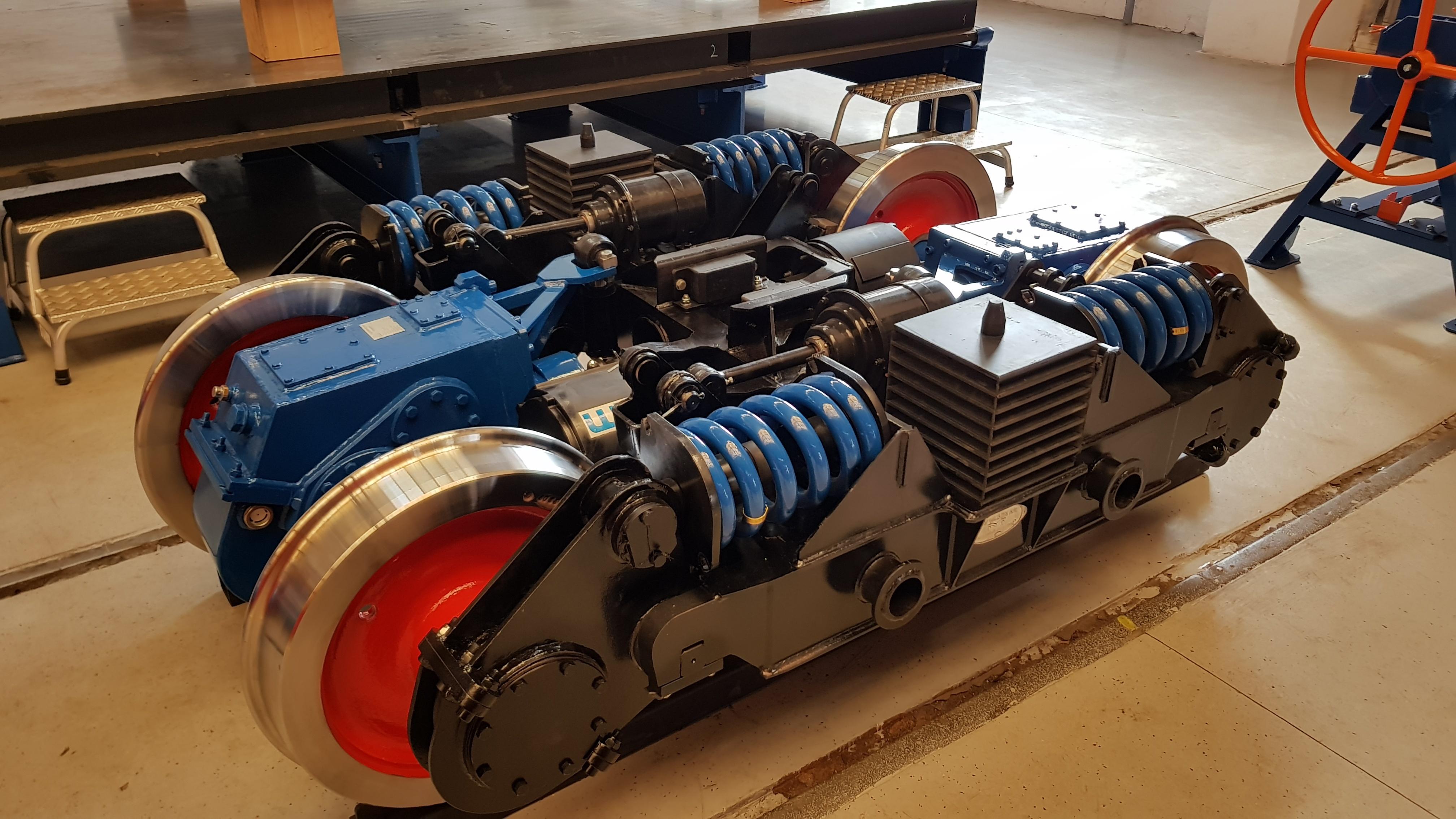 Elkészült egy új, keskeny nyomközű, hajtott forgóváz prototípusa