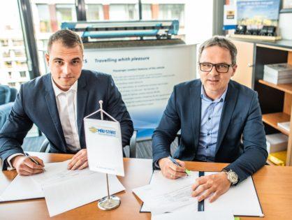 Együttműködési megállapodást kötött a MÁV-START és a V-Busz