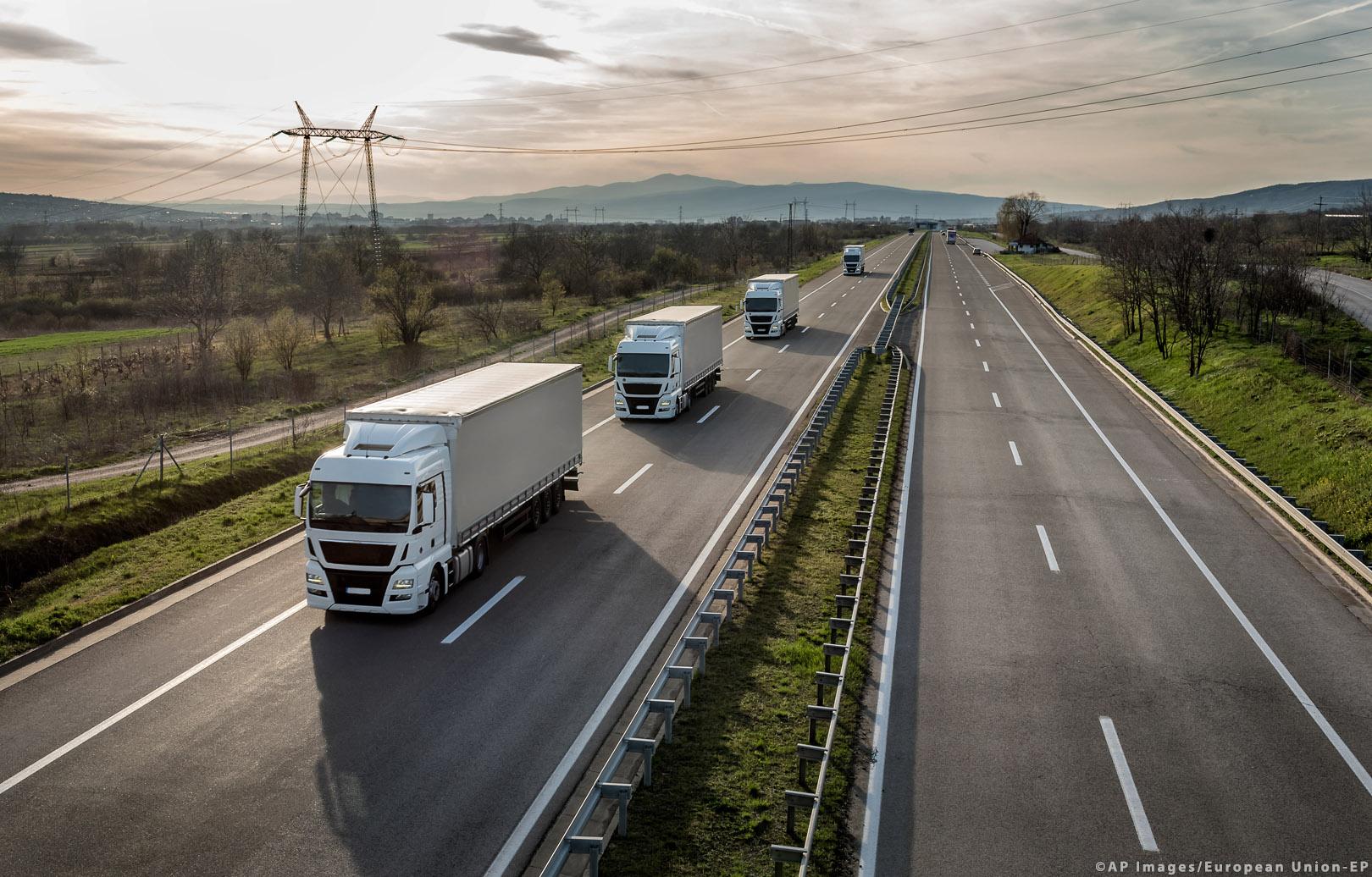 Közúti fuvarozói toplista 2018: egyre többen hagynak fel a nemzetközi fuvarozással