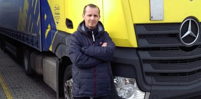 """""""Ha nyílt lapokkal játszunk, az ügyfeleink kitartanak mellettünk"""" – interjú Molnár Leventével, a J&S Trans Speciál Fuvarozó Kft. ügyvezető igazgatójával"""
