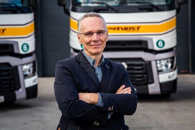 """""""Nekünk válság kell…"""" – interjú Szabó Györggyel, a Prevost Hungária Kft. CEO-jával"""