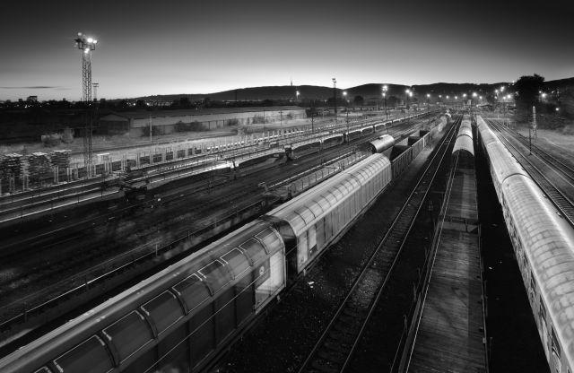 Szoftverekkel a vasúti és közúti közlekedésért