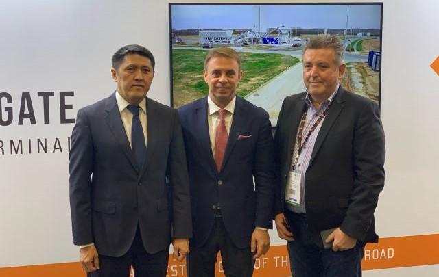 Kazah–magyar megállapodás: jelentősen nőhet az Ázsiából Európába irányuló vasúti áruforgalom