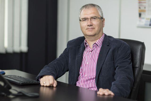 """""""A kis cégek szenvednek, a nagyok tovább növekednek"""" – interjú Vass Róberttel, a DKV Euro Service Hungary ügyvezető igazgatójával"""