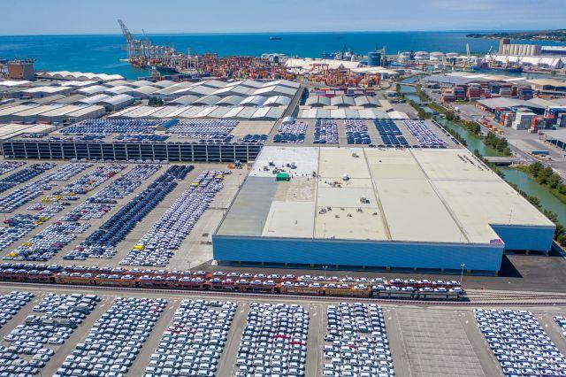 Új beruházások a Koperi Kikötőben